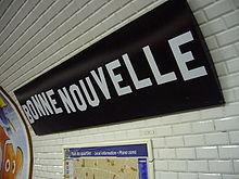 220px-Metro_Paris_-_Ligne_8_-_Station_Bonne_Nouvelle_(1)