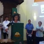 M-Claire Morreale lit la prière d'intercession pour Abdulhadi Al Khawaja.